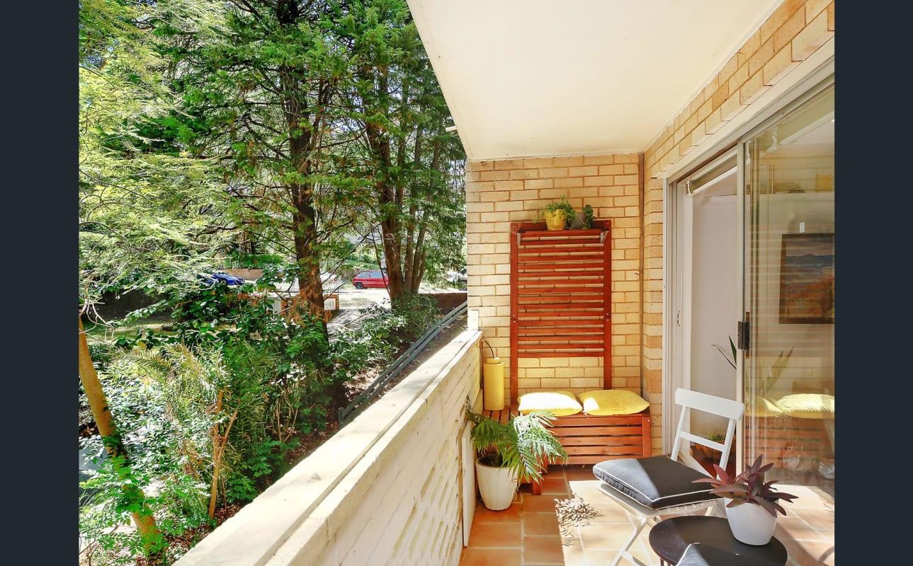 $300, Flatshare, 2 bathrooms, Helen Street, Lane Cove North NSW 2066