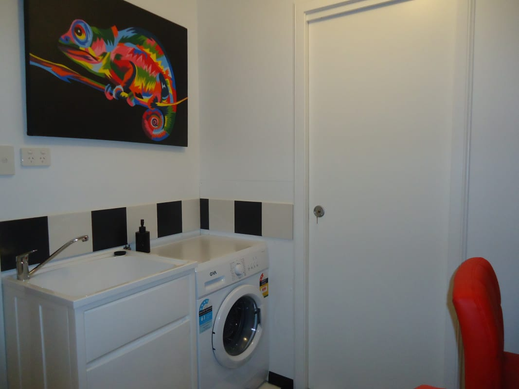 $340, Flatshare, 4 bathrooms, Hampden Road, Battery Point TAS 7004