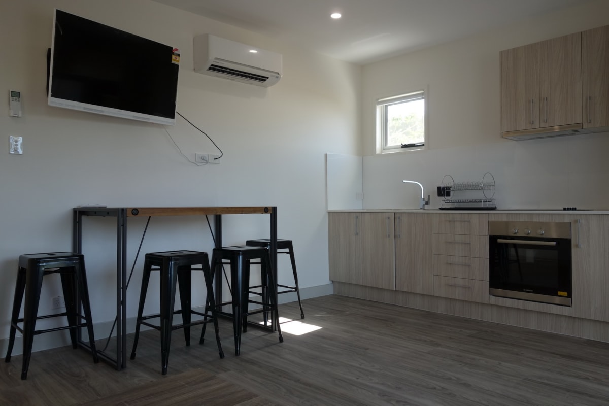 $200-250, Student-accommodation, 2 rooms, Drury Street, West End QLD 4101, Drury Street, West End QLD 4101