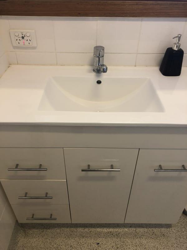 $210, Share-house, 3 bathrooms, Bell Street, Bellfield VIC 3081
