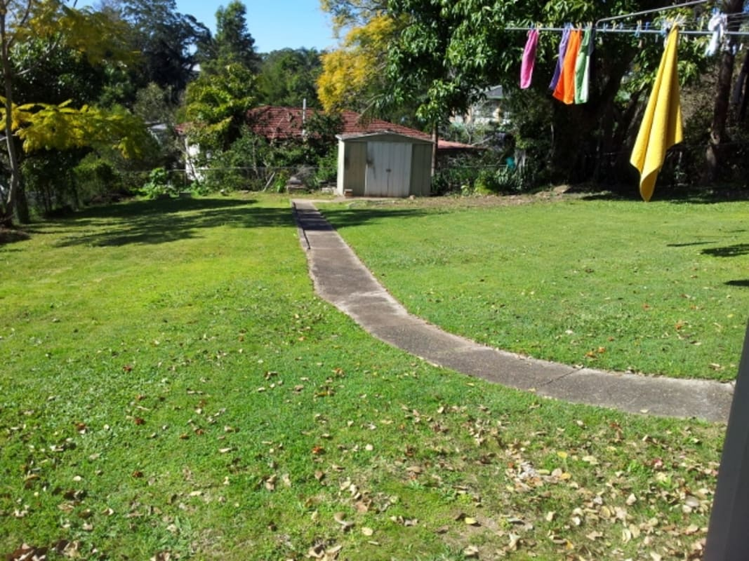 $150, Share-house, 5 bathrooms, Market Street South, Indooroopilly QLD 4068