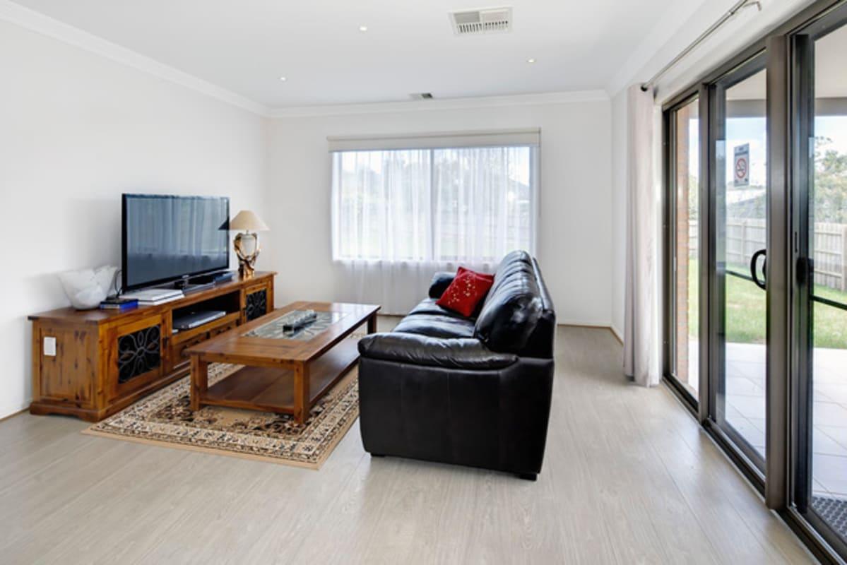 $190-350, Share-house, 3 rooms, Burwood Highway, Burwood VIC 3125, Burwood Highway, Burwood VIC 3125