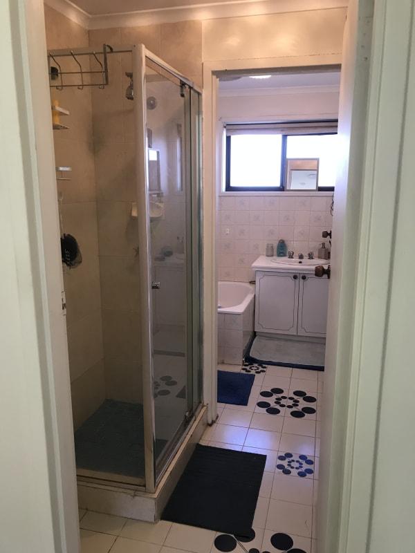 $180, Share-house, 2 bathrooms, Buckley Street, Essendon VIC 3040