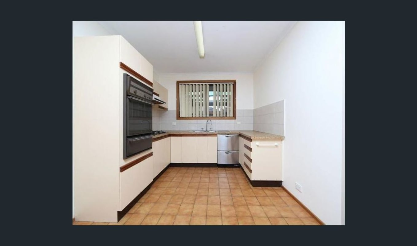 $195, Share-house, 2 bathrooms, Miranda Road, Reservoir VIC 3073