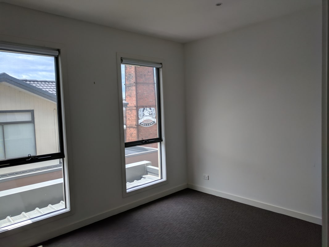 $275, Share-house, 3 bathrooms, Clyde Street, Thornbury VIC 3071