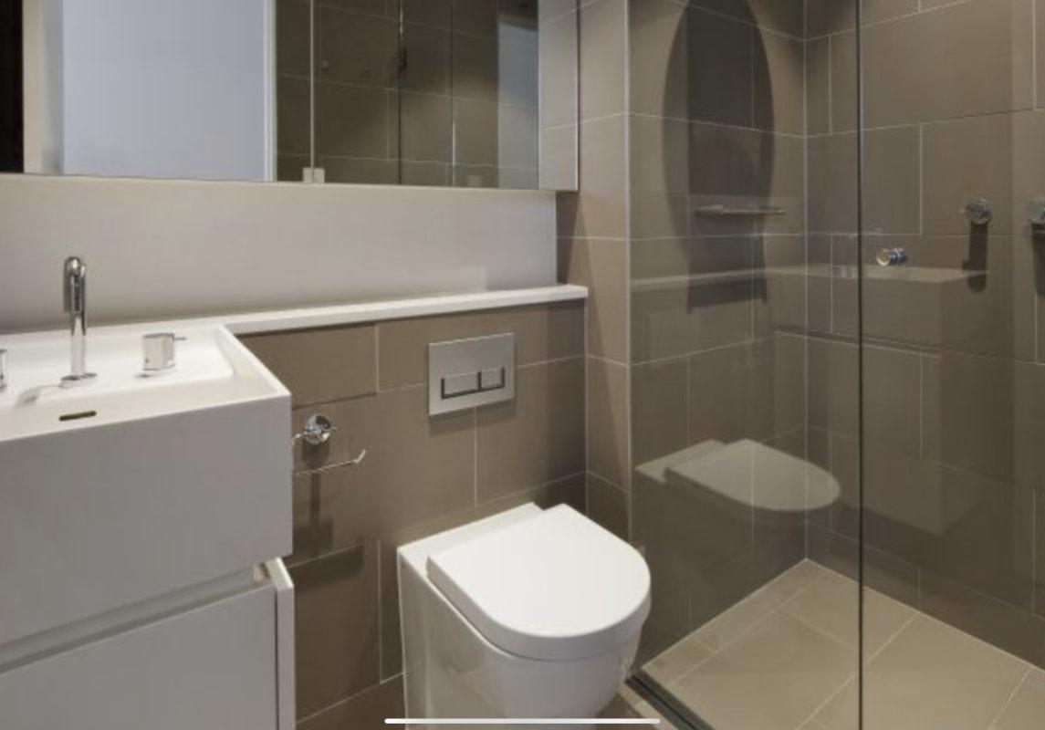$480, Whole-property, 2 bathrooms, Grattan Street, South Yarra VIC 3141