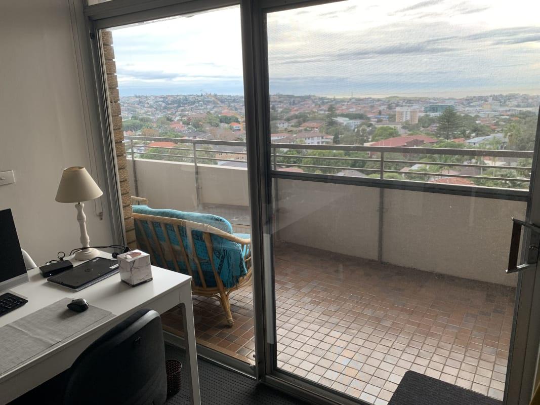 $300, Flatshare, 2 bathrooms, Martins Avenue, Bondi NSW 2026