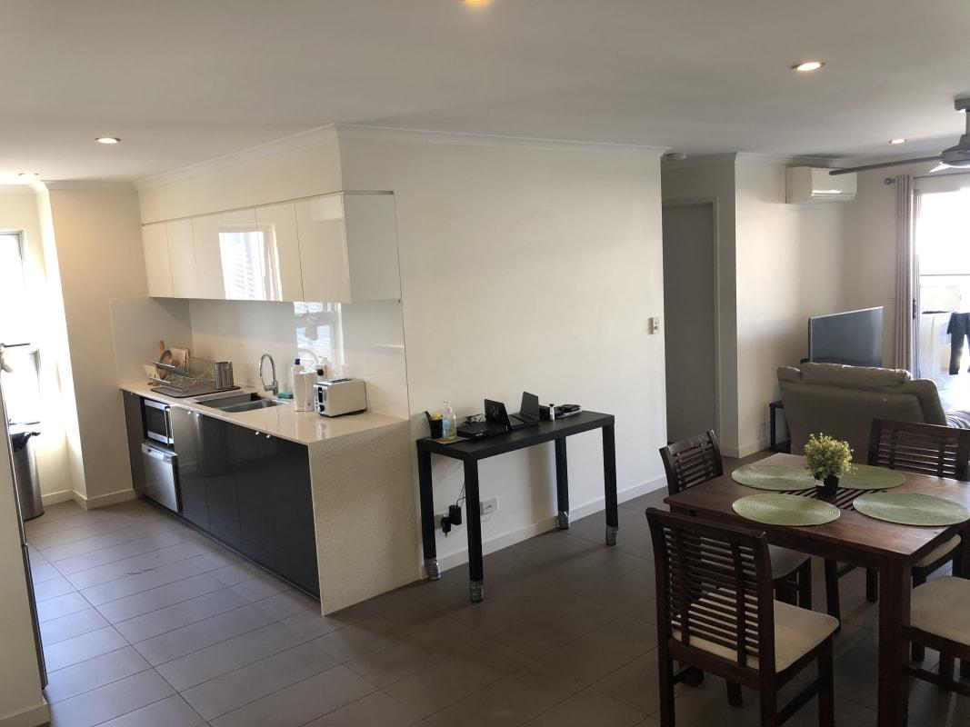 $310, Flatshare, 2 bathrooms, Linton Street, Kangaroo Point QLD 4169