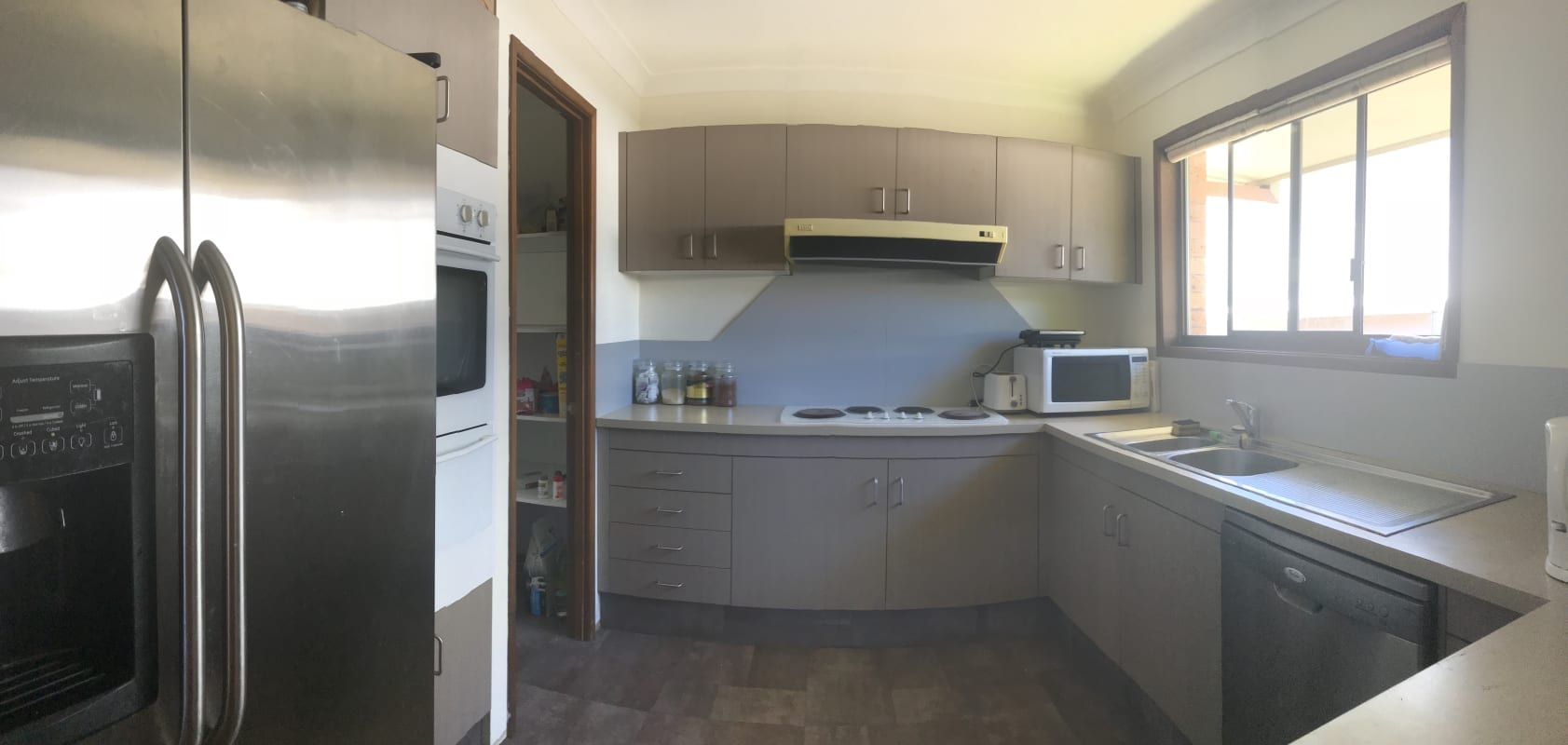 $200, Share-house, 3 bathrooms, Kerria Crescent, Ashmore QLD 4214