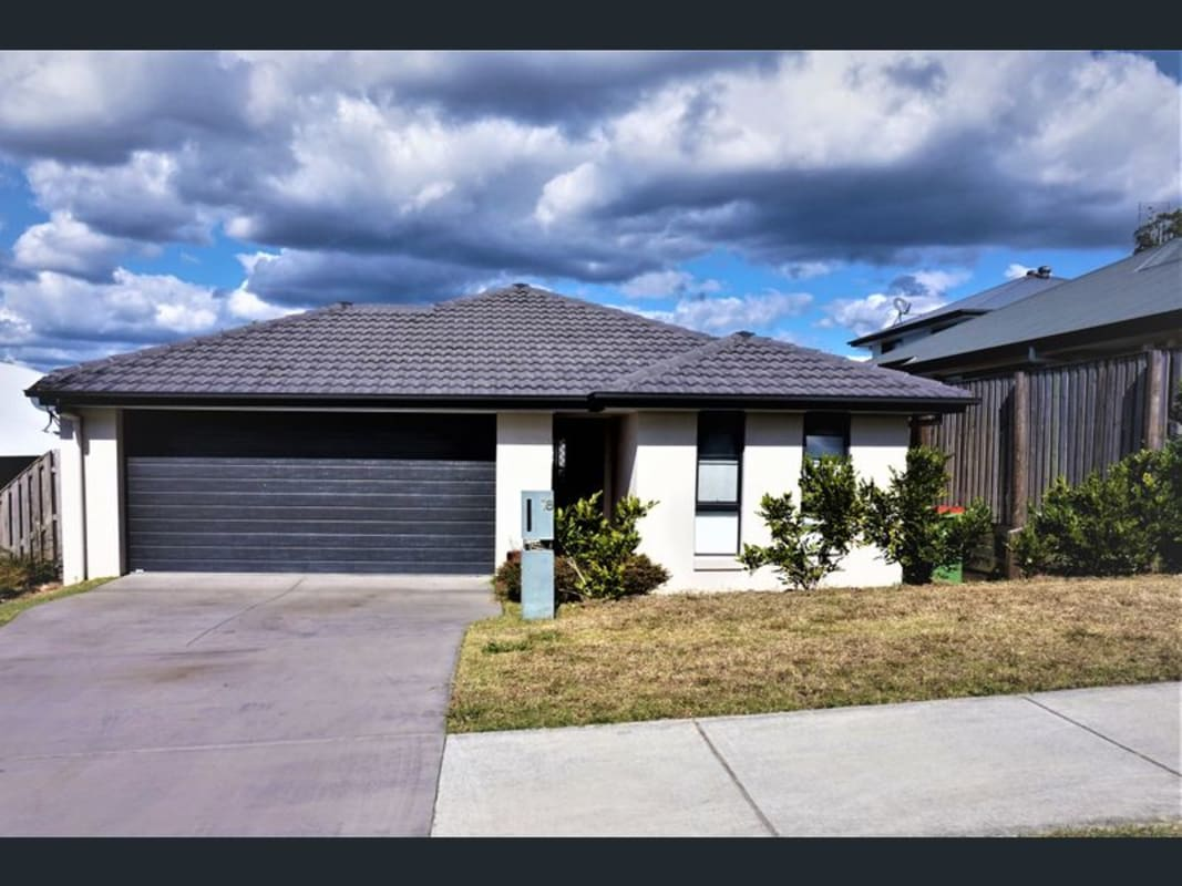 $220, Share-house, 4 bathrooms, Gresswell Crescent, Upper Coomera QLD 4209