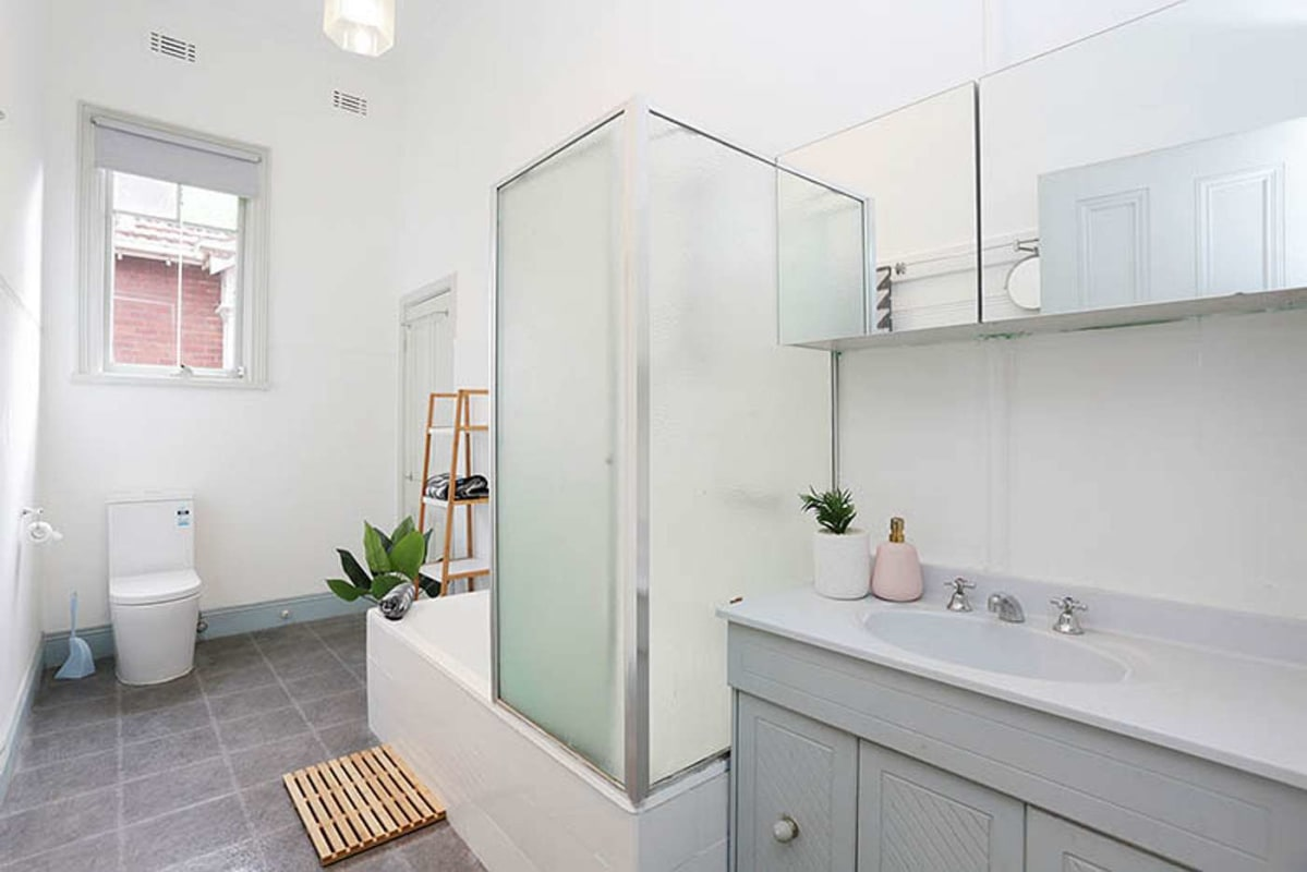 $190, Share-house, 5 bathrooms, Malvern Road, Toorak VIC 3142