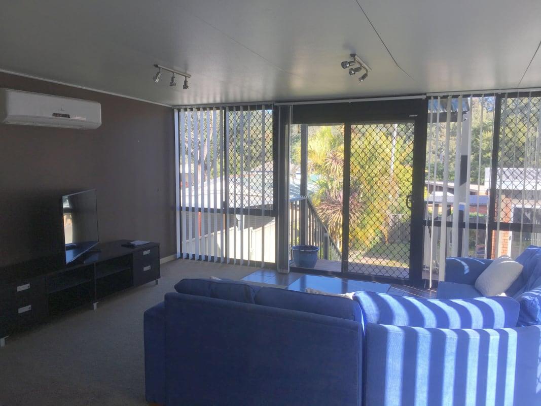 $160-185, Student-accommodation, 2 rooms, Robert Street, Jesmond NSW 2299, Robert Street, Jesmond NSW 2299