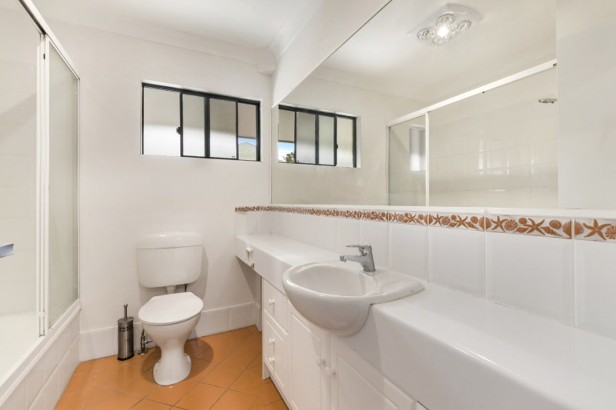 $400, Whole-property, 2 bathrooms, Bott Street, Ashgrove QLD 4060