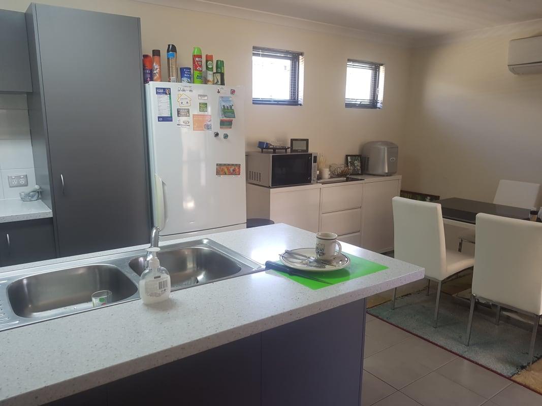 $150, Share-house, 3 bathrooms, Peppermint Gardens, Aubin Grove WA 6164