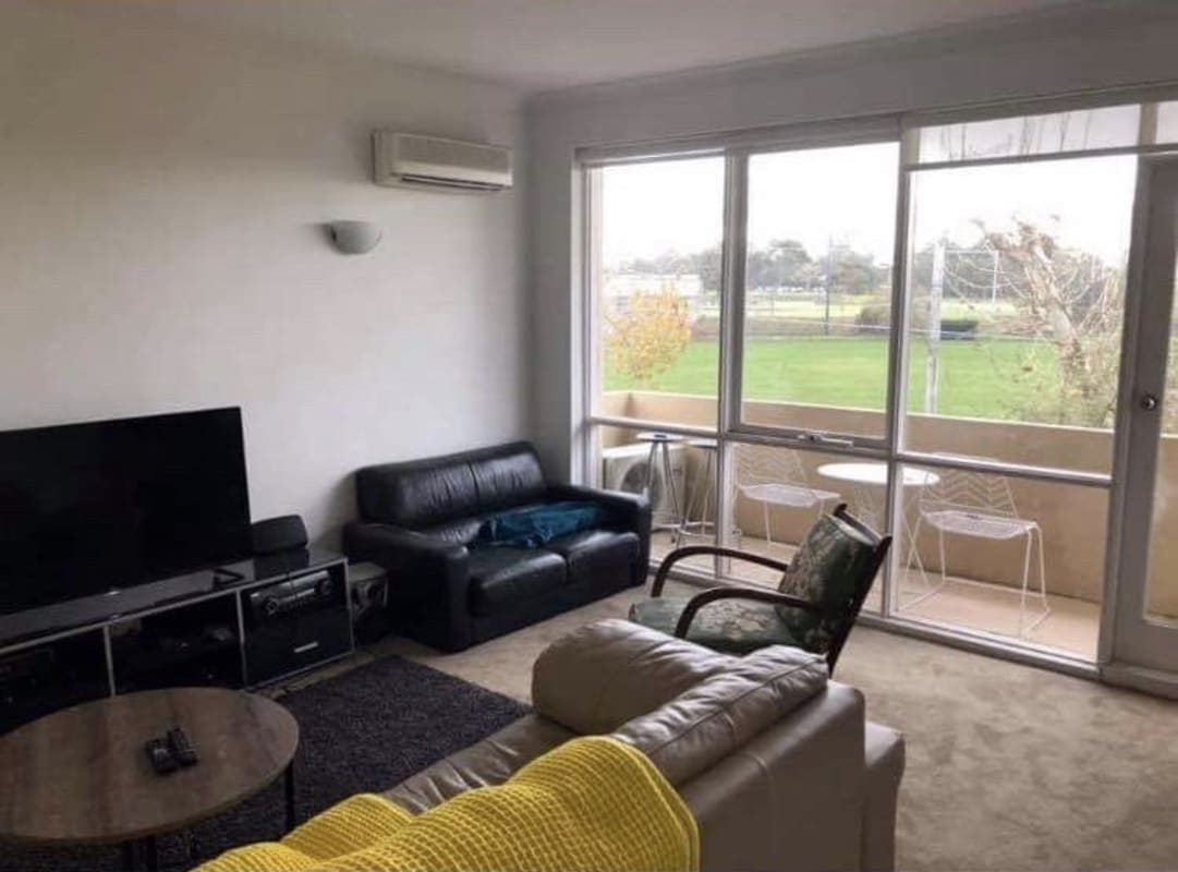 $235, Flatshare, 3 bathrooms, Saint Kilda Street, Elwood VIC 3184