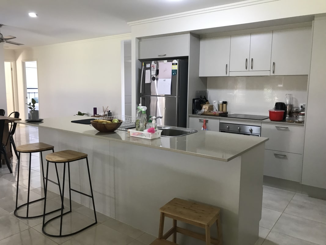 $190, Share-house, 4 bathrooms, Ainscow Drive, Bentley Park QLD 4869