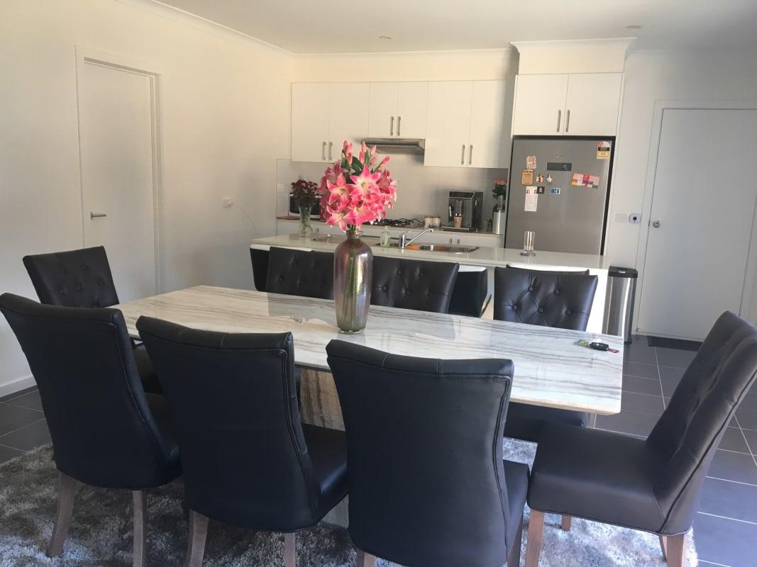 $200, Share-house, 4 bathrooms, Gordon Avenue South, Altona Meadows VIC 3028