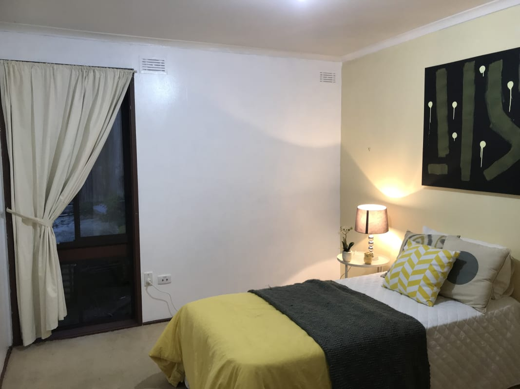 $140, Share-house, 3 bathrooms, Eucalyptus Road, Eltham VIC 3095