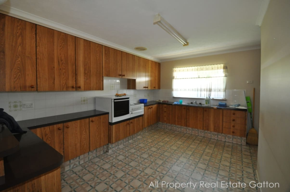 $160, Share-house, 5 bathrooms, Jensen Street, Gatton QLD 4343