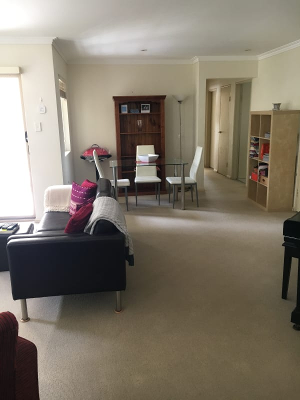 $370, Flatshare, 2 bathrooms, Alexander Street, Coogee NSW 2034