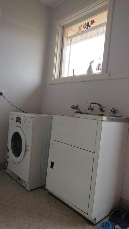 $170, Share-house, 3 bathrooms, Fairbairn Street, Springvale VIC 3171