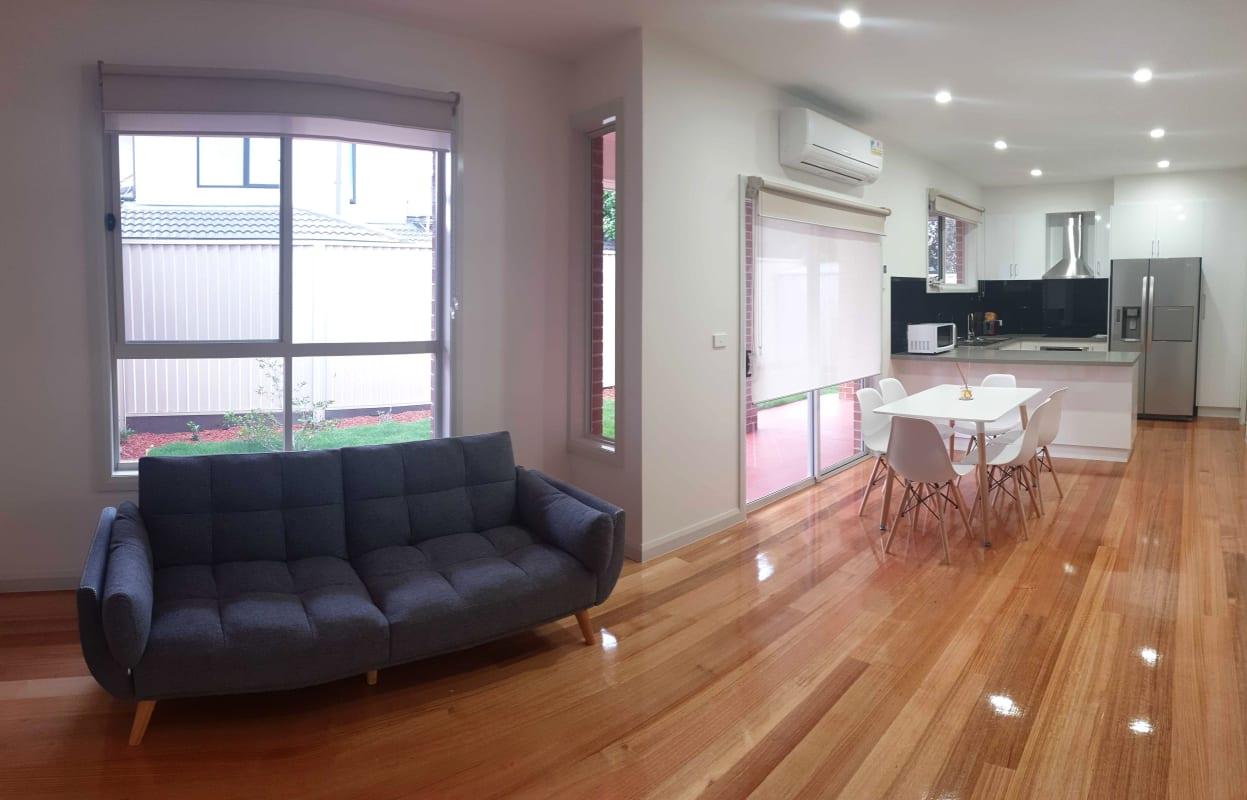 $180-250, Student-accommodation, 2 rooms, Tullius Avenue, Oakleigh East VIC 3166, Tullius Avenue, Oakleigh East VIC 3166