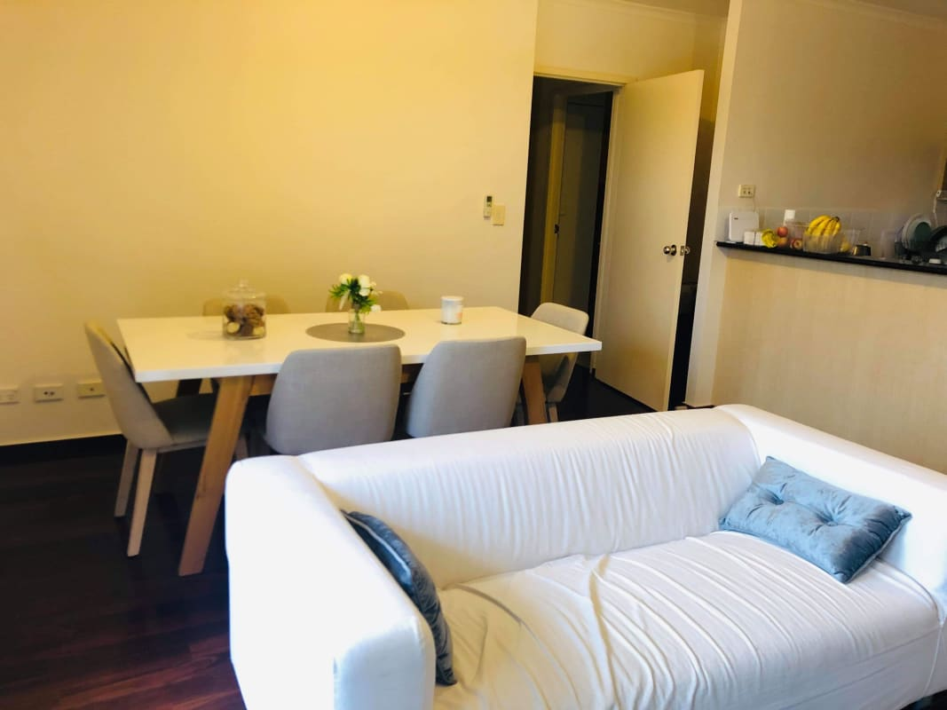 $250, Flatshare, 3 bathrooms, Carrington Street, Adelaide SA 5000