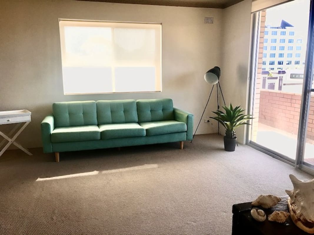$330, Flatshare, 2 bathrooms, Waltham Street, Coogee NSW 2034