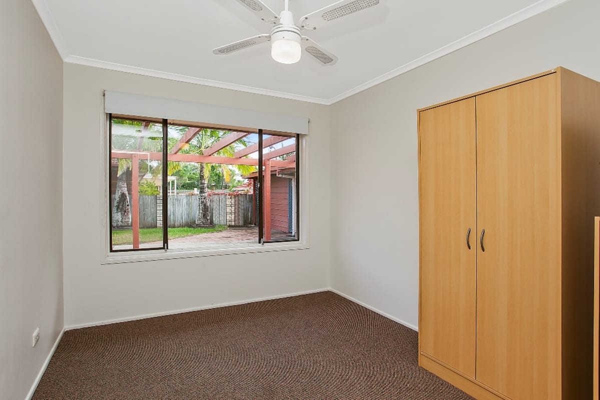 $165, Share-house, 5 bathrooms, Petra St, Southport QLD 4215