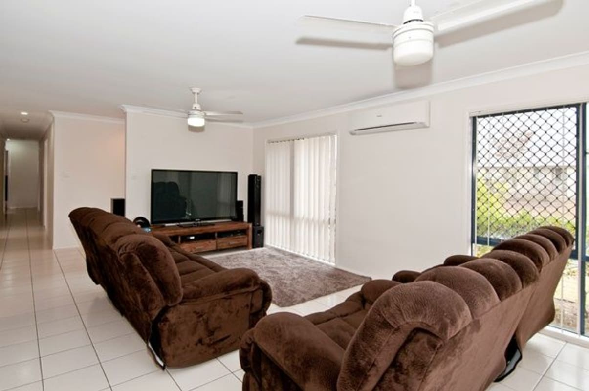 $150, Share-house, 2 rooms, Lakeview Drive, Logan Reserve QLD 4133, Lakeview Drive, Logan Reserve QLD 4133