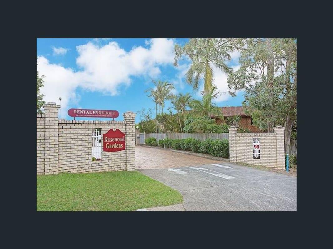 $157, Share-house, 2 bathrooms, Barbaralla Drive, Springwood QLD 4127