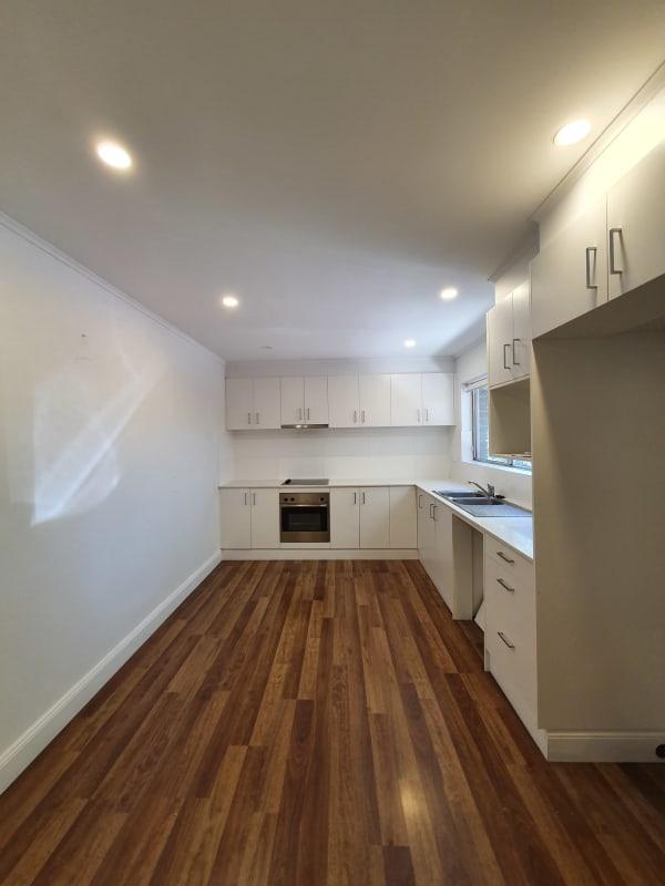 $360, 1-bed, 1 bathroom, Allan Street, Curtin ACT 2605