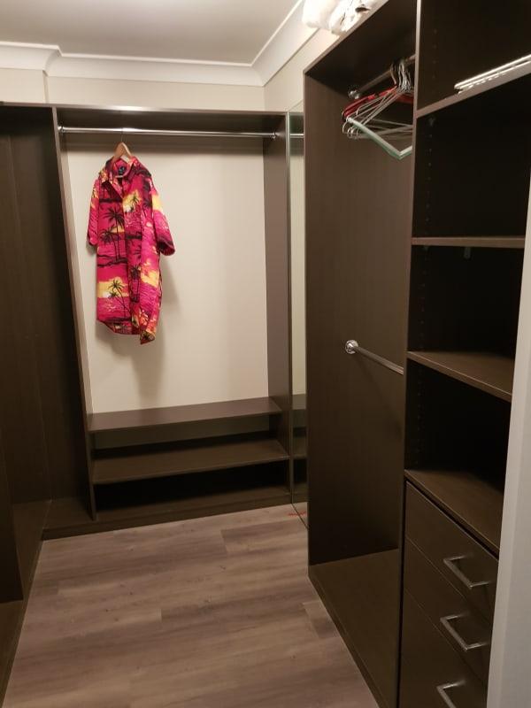 $300, Flatshare, 3 bathrooms, Market Street, Wollongong NSW 2500