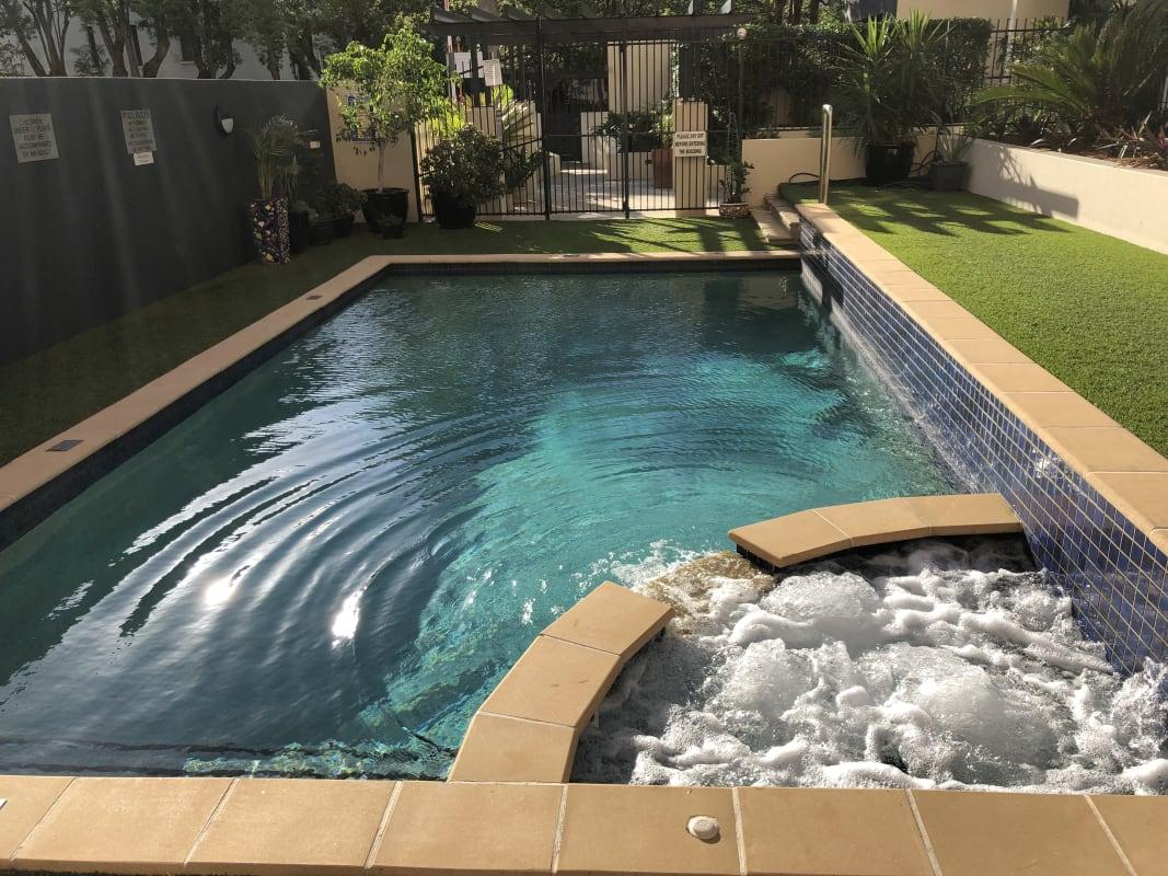 $165, Flatshare, 2 bathrooms, Wickham Terrace, Spring Hill QLD 4000