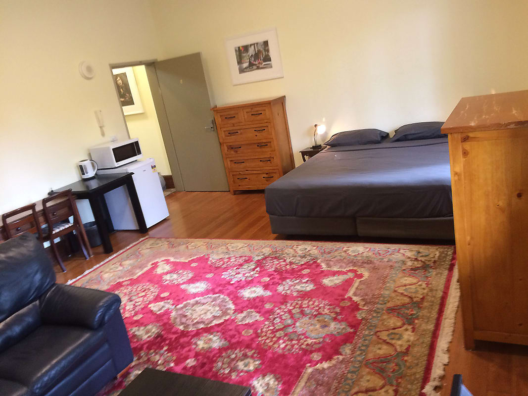 $275, Share-house, 6 bathrooms, South Dowling Street, Surry Hills NSW 2010