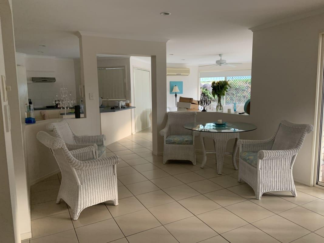 $200, Share-house, 4 bathrooms, Currumburra Road, Ashmore QLD 4214