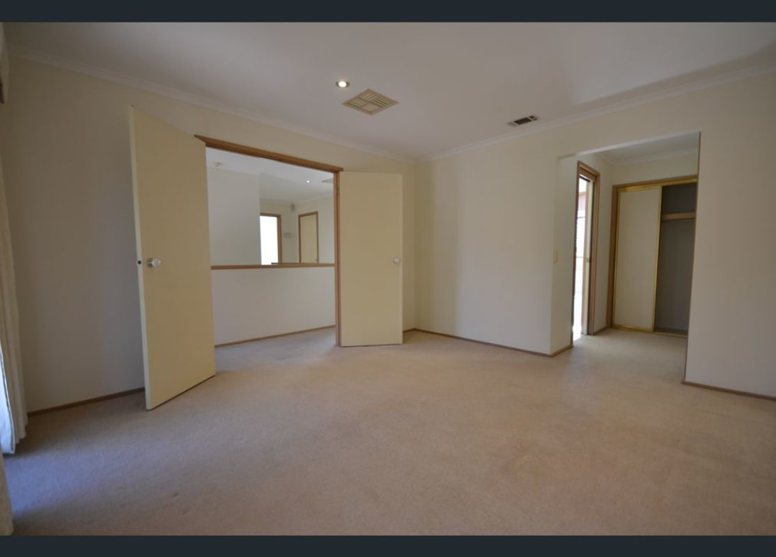 $200, Share-house, 4 bathrooms, Tennyson Street, St Kilda VIC 3182