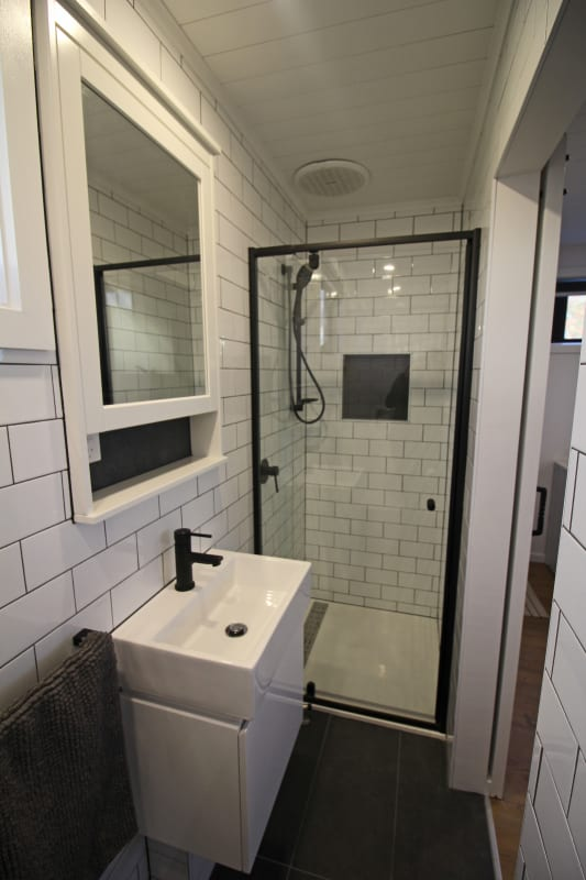 $295, Share-house, 4 bathrooms, Hunter Street, Brunswick West VIC 3055