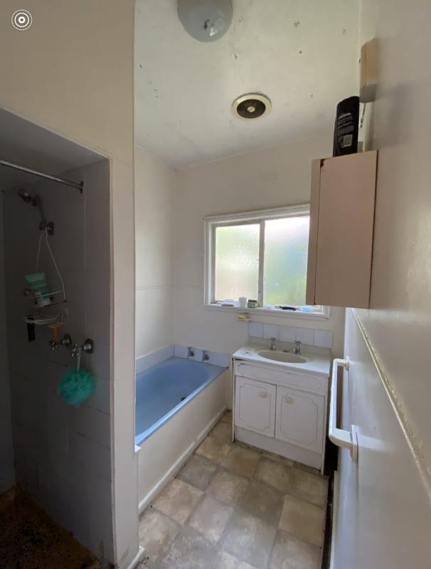 $121, Share-house, 3 bathrooms, Glen Huntly Road, Carnegie VIC 3163