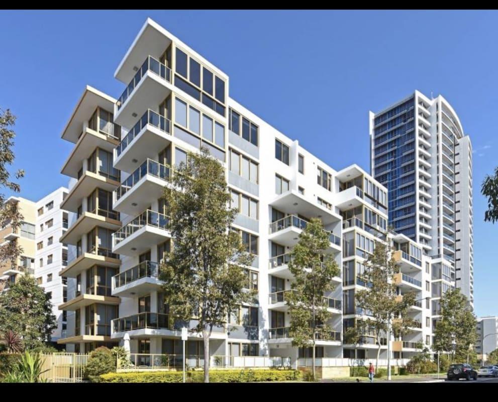 $335, Flatshare, 2 bathrooms, Shoreline Drive, Rhodes NSW 2138