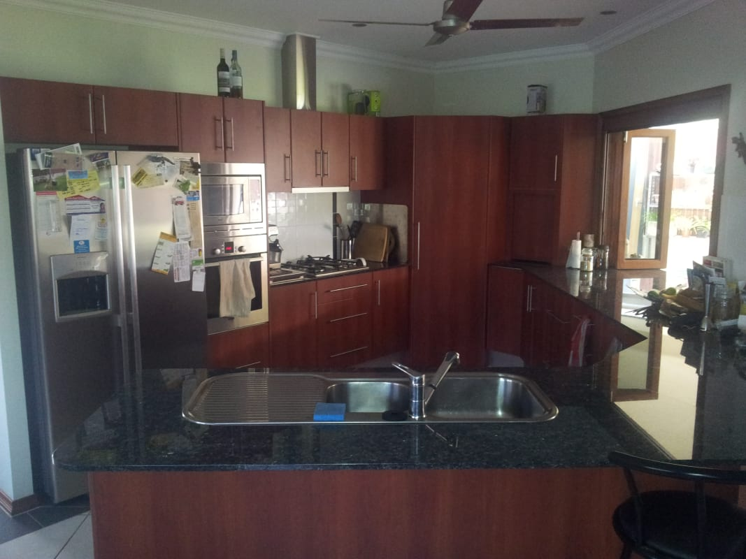 $180, Share-house, 4 bathrooms, Elphinstone Street, Kanimbla QLD 4870