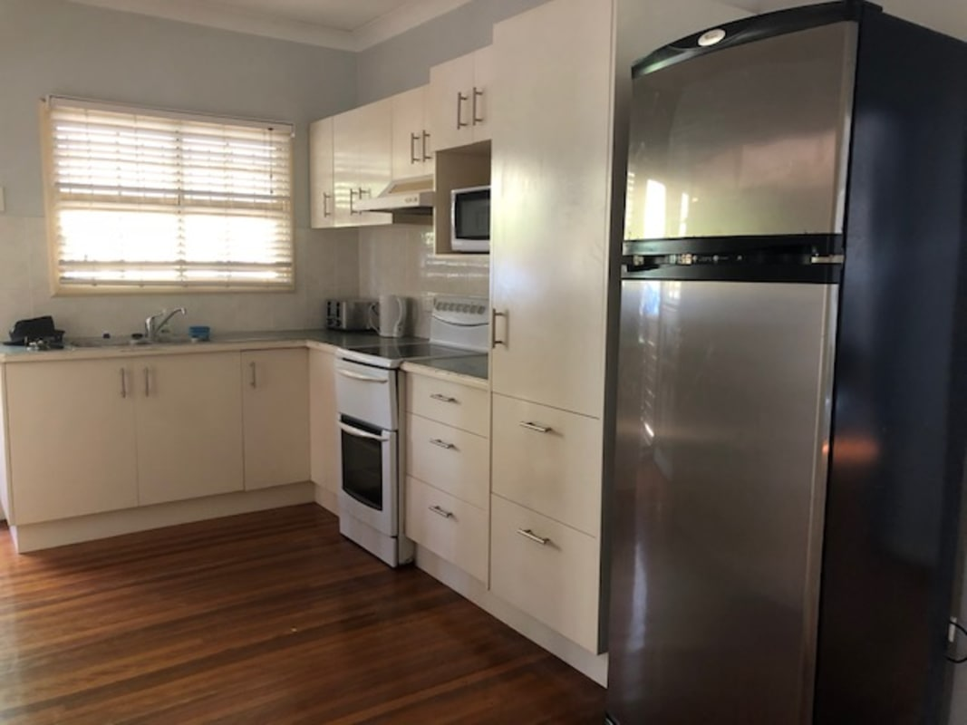 $160, Student-accommodation, 5 bathrooms, Blackheath Road, Oxley QLD 4075