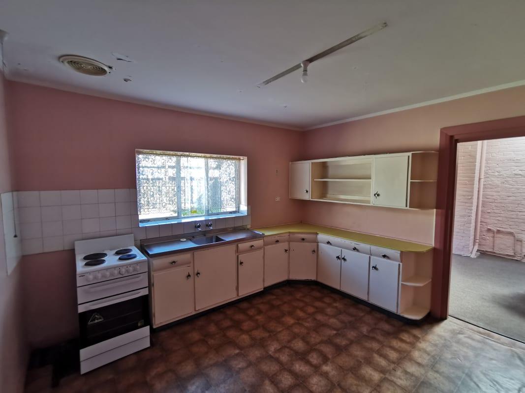 $165, Share-house, 4 bathrooms, Whitmore Square, Adelaide SA 5000