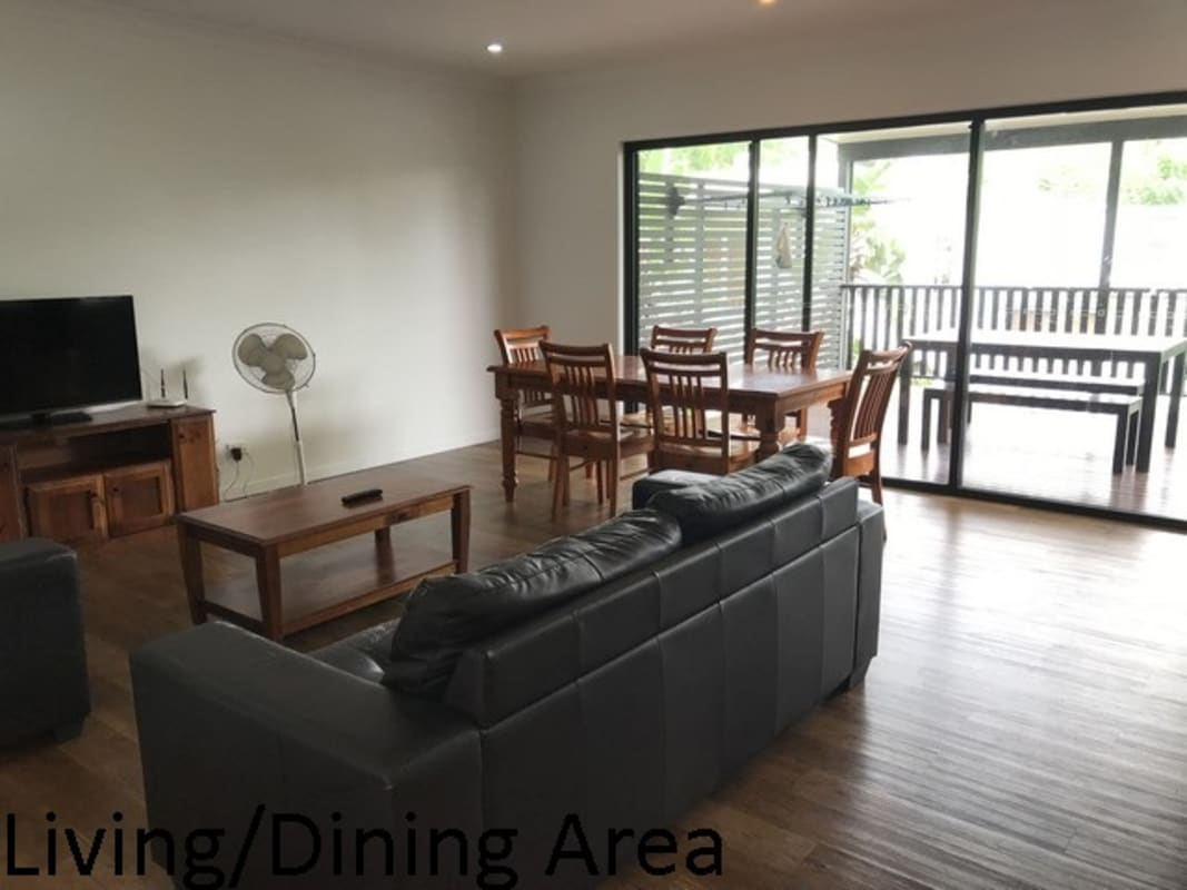 $225, Share-house, 5 bathrooms, Hoogley Street, West End QLD 4101