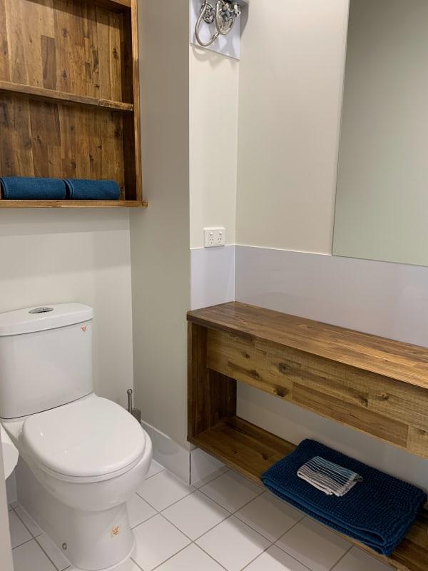 $388, Whole-property, 1 bathroom, Vulture Street, Kangaroo Point QLD 4169
