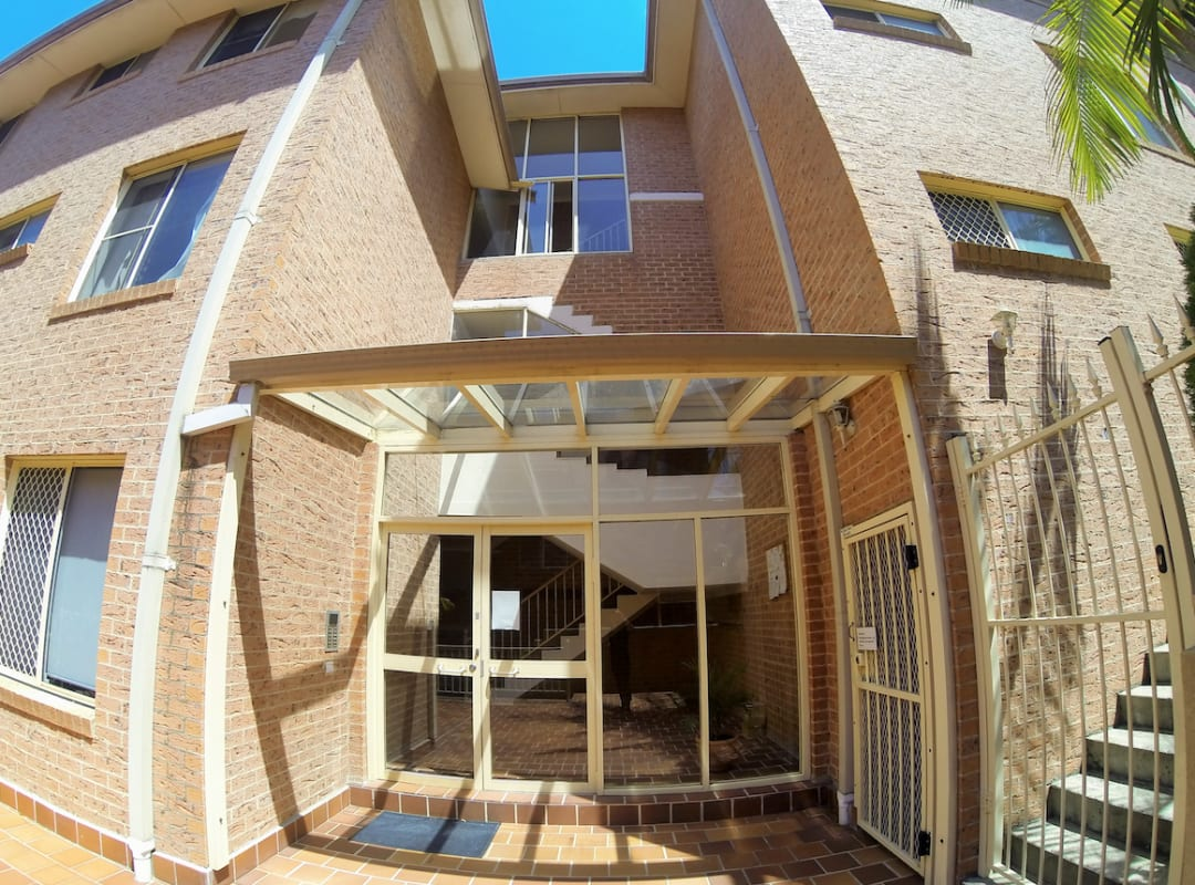 $120, Flatshare, 3 bathrooms, Warialda Street, Kogarah NSW 2217