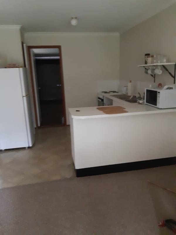 $185, Homestay, 2 bathrooms, Galloway Drive, Ashmore QLD 4214