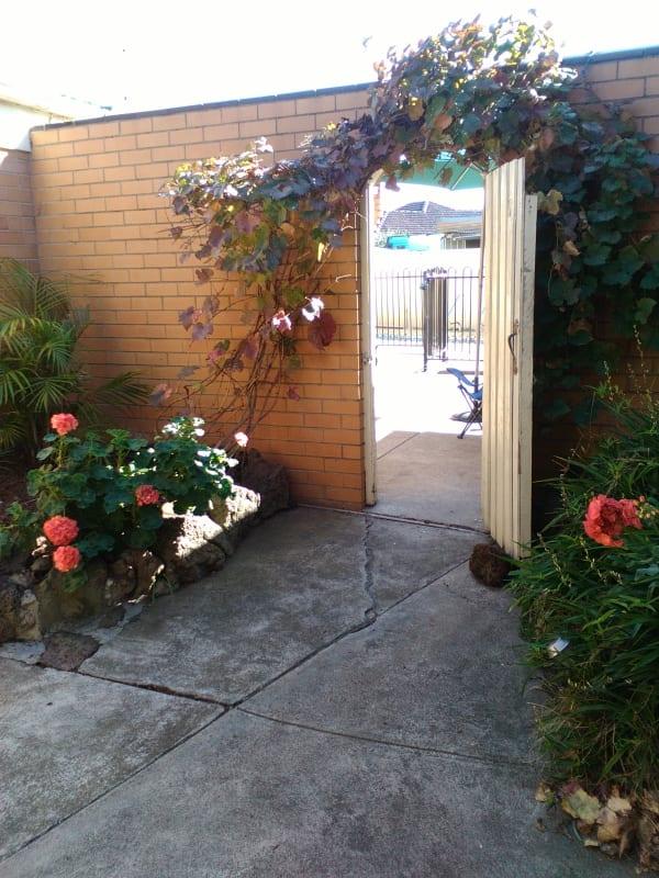 Granny Flat for Rent in Sydney Crescent, Lalor, Melb ...