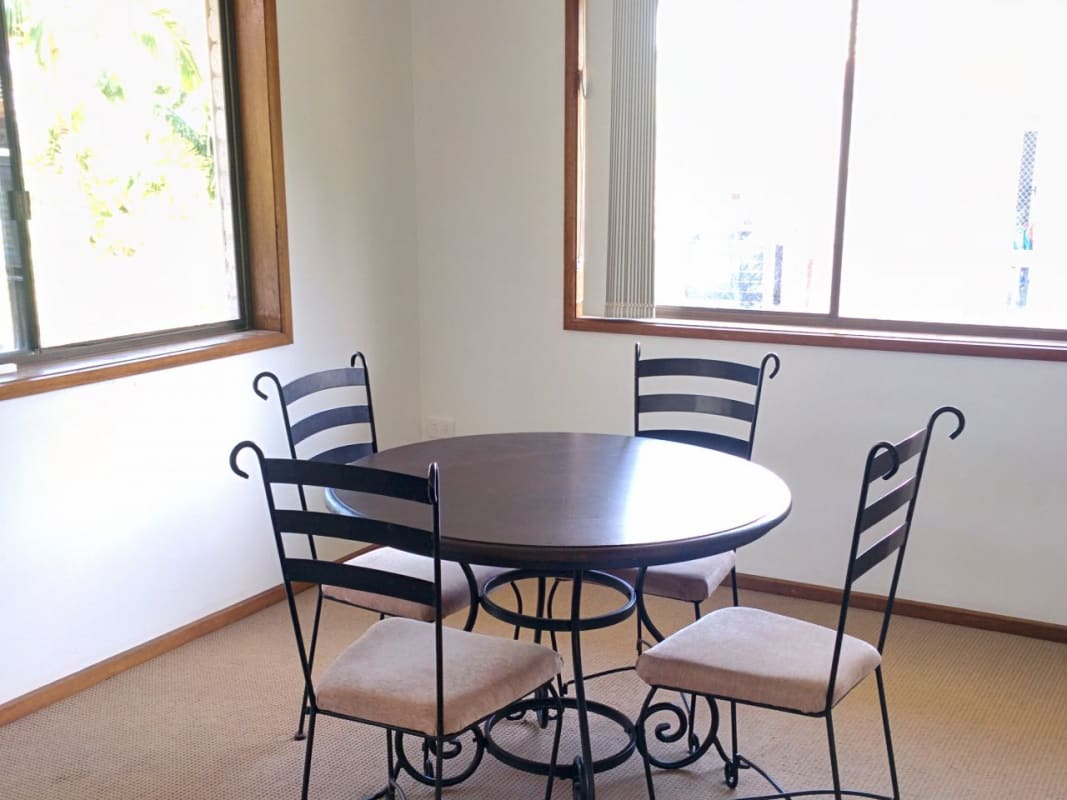 $180, Share-house, 3 bathrooms, Horizon Ave, Ashmore QLD 4214