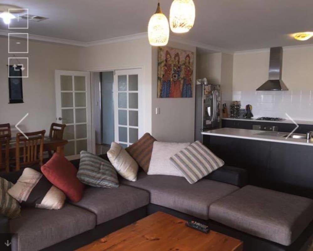 $180, Share-house, 3 bathrooms, Beechboro Road South, Bayswater WA 6053